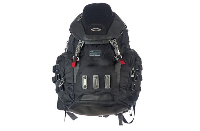 Oakley Kitchen Sink Backpack 163 100 Was 163 175 Black 34 Litres