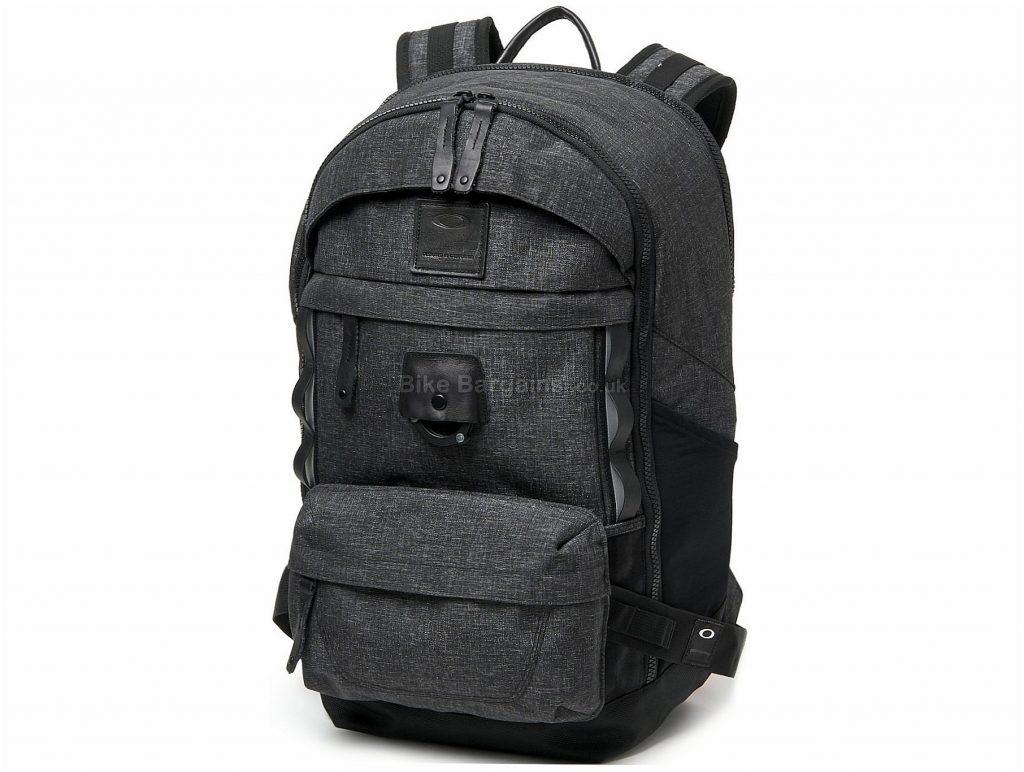 Oakley Voyage 30 Litres Backpack 2018 30 Litres, Green, Black, 580g